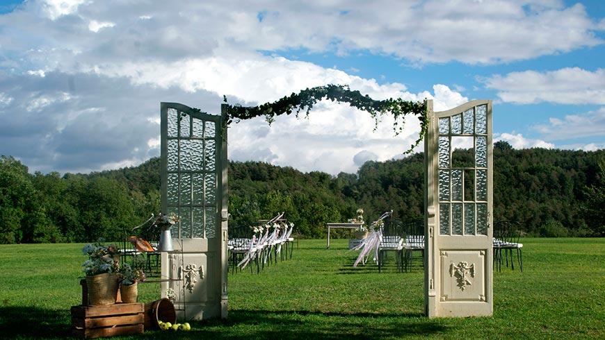 Ceremonia de boda en a la masía La Tria